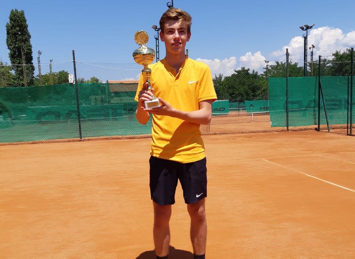 Marco Milosavljevic - Turniersieg beim Tennis Europe Kat. 3 u16 Turnier in Nis/Serbien