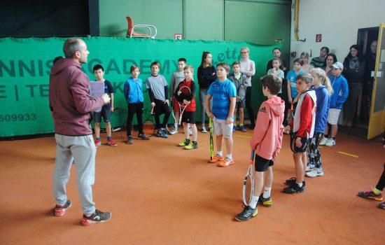 Lehrgänge und Veranstaltungen NÖTV Leistungszentrum Traiskirchen