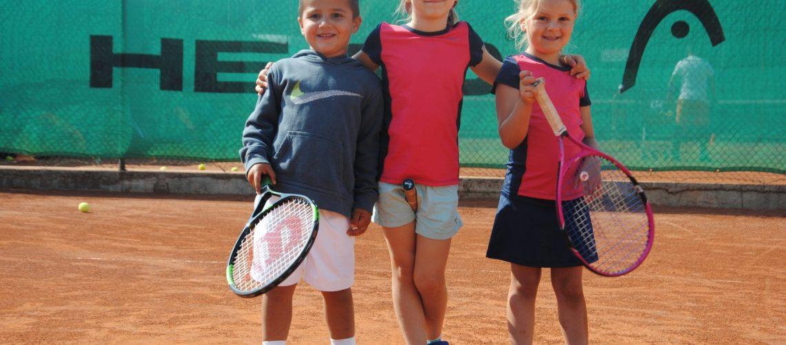 Oskar, Melissa und Kiki beim Minikids Sommercamp